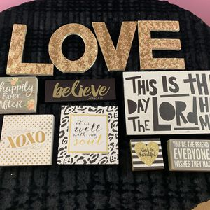 Gold Inspirational Room Decor! for Sale in Mason, OH