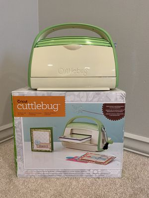 CRICUT Cuttlebug Die Cutting Embossing Machine - Green NO Plates or Accessories for Sale in Woodridge, IL