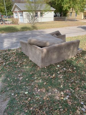Couch for Sale in Andover, KS