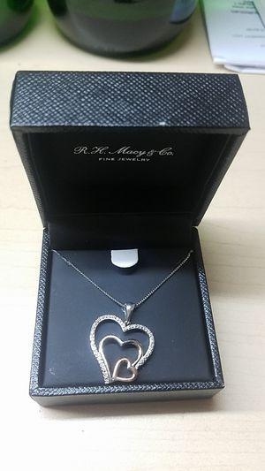 Bridge Diamond / Diamond Hearts / Whit 1/10 CTTW / SS&14KRG TRPLH for Sale in Chicago, IL