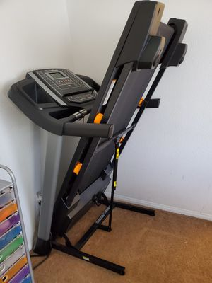 Exercise equipment treadmill and elliptical for Sale in Henderson, NV