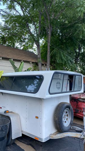 White Camper for Sale in Lake Elsinore, CA