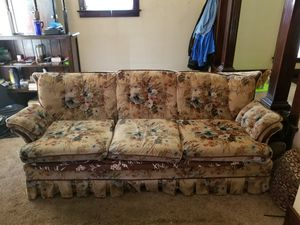 Matching Couch & Loveseat & Chair for Sale in Erie, PA