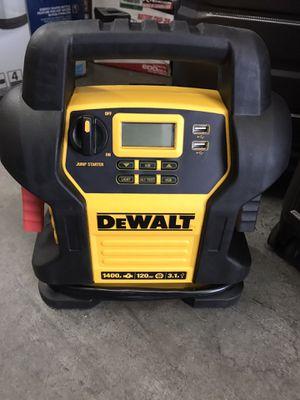 DEWALT 1400 Peak Amp Jump Starter with Digital Compressor for Sale in El Monte, CA