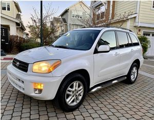On sale 2002 Toyota RAV4 4WDWheels Clear Title for Sale in Grand Rapids, MI