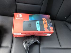 Nintendo switch new with controller for Sale in Alexandria, VA