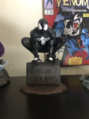 Marvel Custom Spider-Man on grave statue 1/6 scale for Sale in Los Angeles, CA