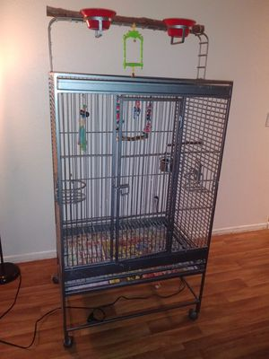 Large Bird Cage - MOVING NEEDS TO GO for Sale in Goodyear, AZ