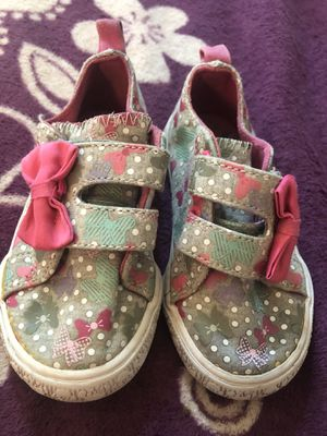 Shoes for toddler for Sale in Bakersfield, CA
