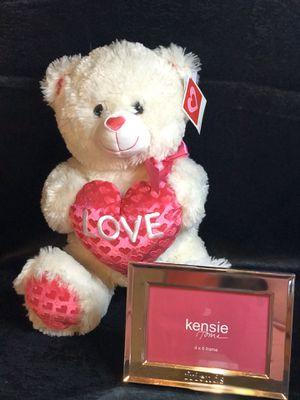 Love Hearts Plush bear pink white & Gift With purchase Kensie photo frame! for Sale in Savannah, GA