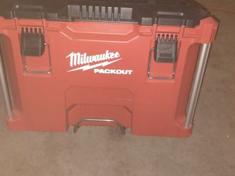 Milwaukee Rolling Packout Tool Box for Sale in Las Vegas,  NV