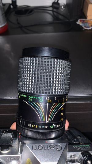 Canon 28-70mm lens for Sale in Los Angeles, CA