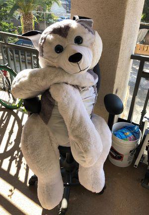 Huge stuffed animal wolf for Sale in Santa Ana, CA