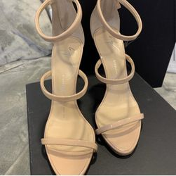 Giuseppe Zanotti Strappy Heels for Sale in Carle Place,  NY