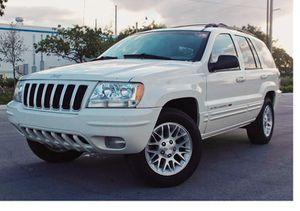 Runs Good 2004 Jeep Grand Cherokee AWDWheels for Sale in Houston, TX