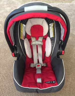 Graco Infant Car Seat with Base for Sale in Queens, NY