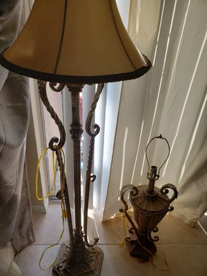 Set 2 lamps for Sale in Homestead, FL