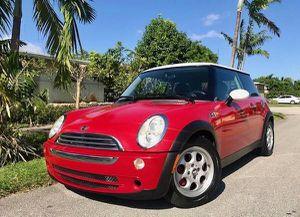 2005 Mini Cooper S Manual by owner for Sale in Miami, FL