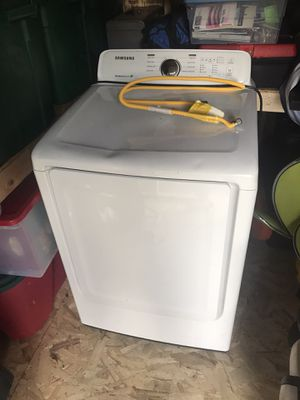 Samsung gas dryer with moisture control for Sale in Covina, CA