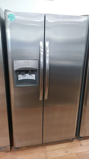 NEW FRIGIDAIRE SIDE BY SIDE for Sale in Montclair, CA