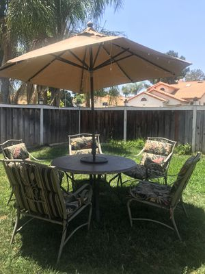 5 Piece Patio Set for Sale in Corona, CA
