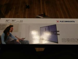 TV wall Mount (Full Motion) for Sale in Bloomsburg, PA