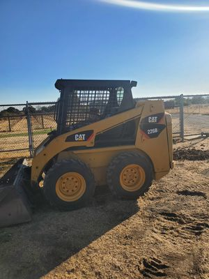 Tractor for Sale in Brentwood, CA
