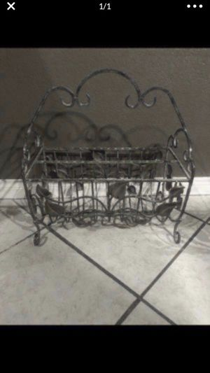 Magazine rack for Sale in Channelview, TX