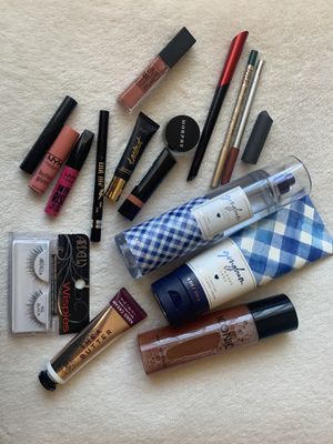 Free Cosmetics for Sale in Garden Grove, CA