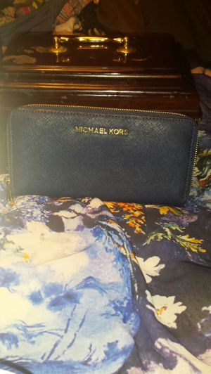 Michael Kors Navy Blue Leather Wallet for Sale in Fairfax, VA