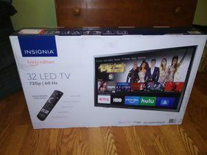 """32"""" Insignia FIRE TV EDITION (BNIB) for Sale in Roanoke, VA"""
