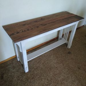 Farm house entry table sofa table TV console.. for Sale in San Diego, CA