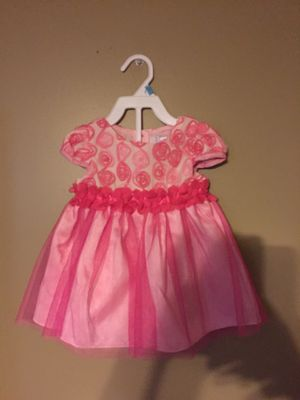 Girls size 24 months Easter dress beautiful made by sweet heart rose for Sale in New Brighton, PA