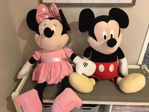 Disney Mickey and Minnie plush for Sale in Lakewood, WA