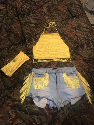 Handmade crop tops fringe shorts and crotchet bag for Sale in HALNDLE BCH, FL