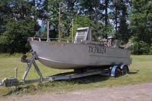 1980 Harrington Shrimp Boat with Bait License for Sale in Houston, TX