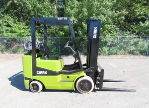 Clark CGC25 LP 4,500lbs Forklift for Sale in Seattle, WA
