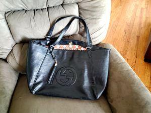 GUCCI- Black leather SOHO shoulder bag. Large for Sale in Littleton, CO