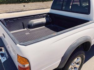 Black painted rear bumper Toyota Tacoma Prerunner sr5 Transmission Automatic for Sale in Windsor, ON
