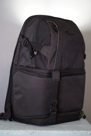 Lowepro DSLR Video Pack 150 Camera Bag for Sale in San Antonio, TX