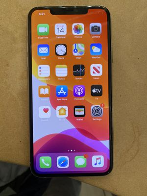 iPhone 11 Pro Max 512 gig UNLOCKED for Sale in Chicago, IL