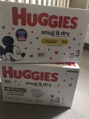 Huggies Snug & Dry Size 3 for Sale in Boston, MA