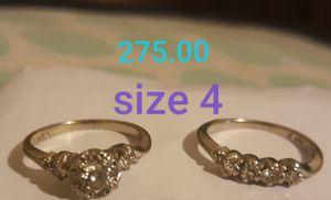 14 k gold 8 diamond wedding rings for Sale in Oakley, CA