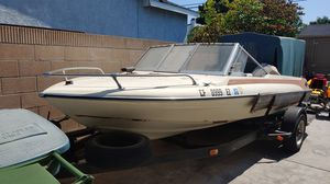 Glastron boat 17 foot for Sale in Los Alamitos, CA