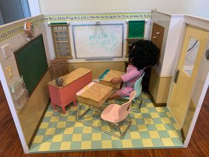 18 inches dolls school. Fits American girl. for Sale in Sunnyvale, CA