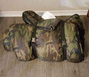 Adult camo sleeping bag for Sale in Austin, TX