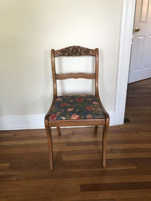 Wooden flower chair for Sale in Washington, DC