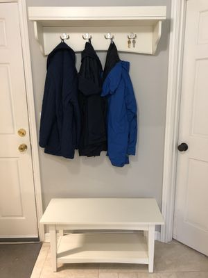 Hall Tree Shelf with Coat Hooks and Bench for Sale in Woodinville, WA