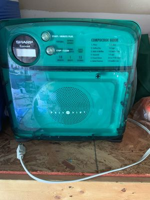 Microwave for Sale in Gainesville, VA