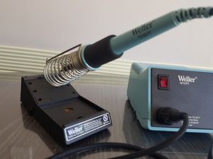 Vintage Tool Soldering Iron Weller TC201T + Soldering Station Weller WTCPT. MADE in USA. Good Work Condition. Local Pickup in Wheeling. for Sale in Wheeling, IL